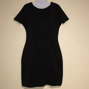 Women harve Bernard black dress like new